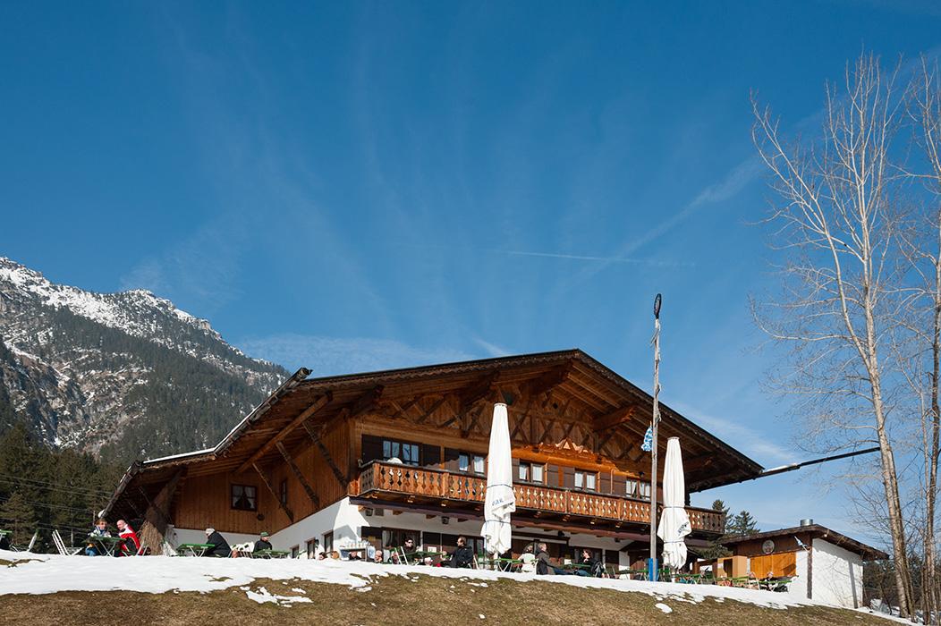Berggasthof-Almhuette-Windbeutelalm-Garmisch-Partenkirchen025.jpg